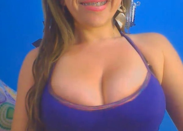 oh fuck cam girl with tits and braces