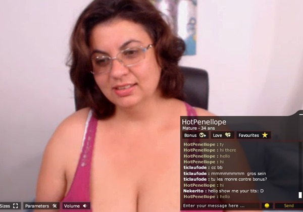 free live chat with milf cams