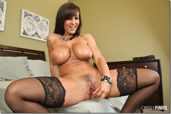 wildoncam_lisa_ann